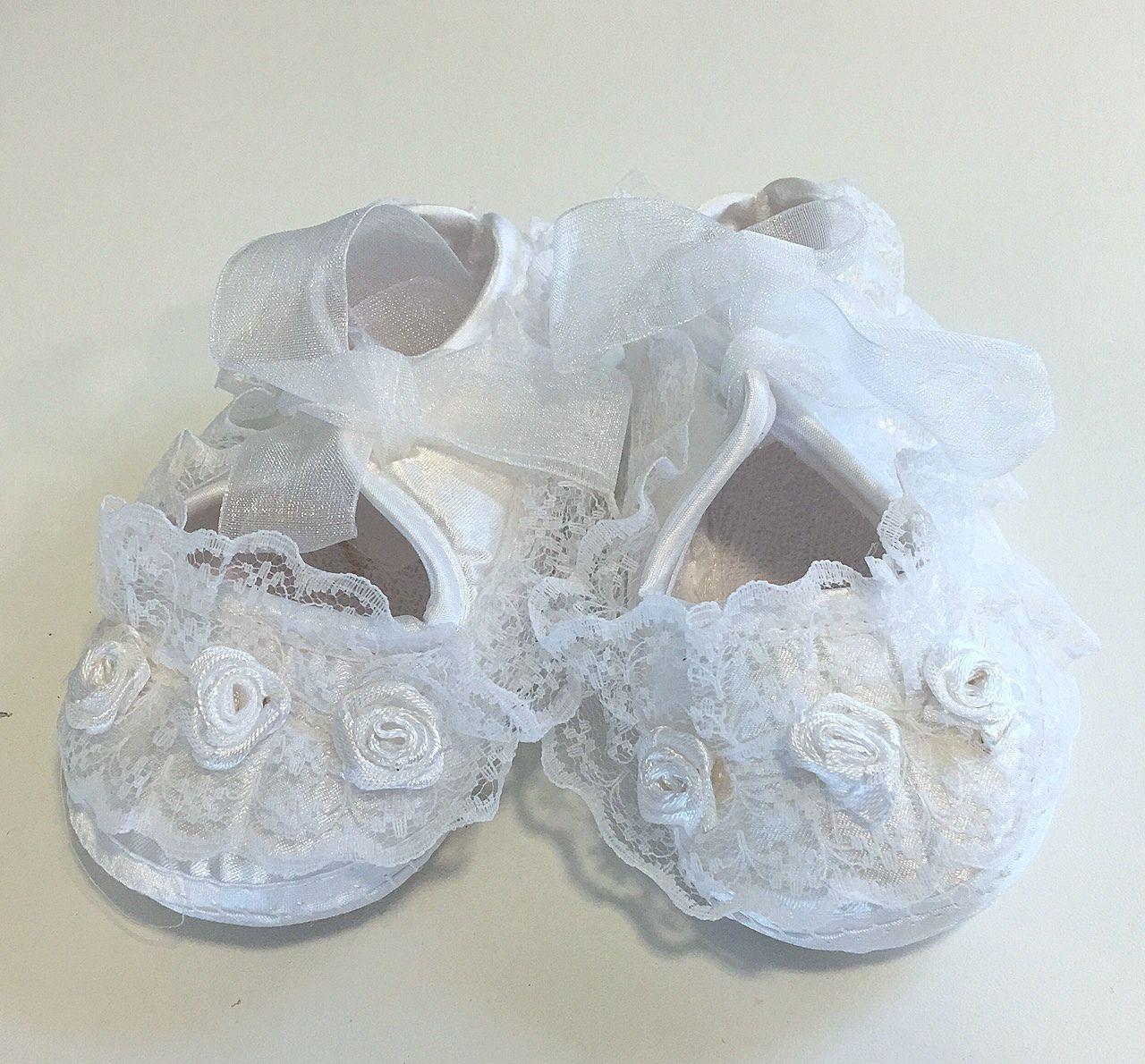 Cipő 01   keresztelő cipő gyönyörű csipkével a2041e92a9