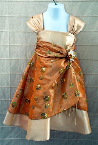 Koszorúslány ruha KO 034